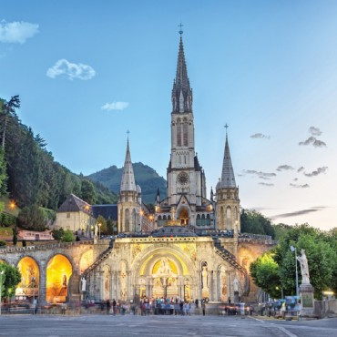Lourdes, le pelerinage des...